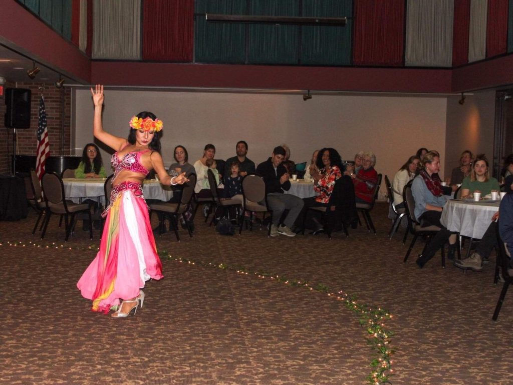 Students get a taste of belly-dancing, Arabic tea, and